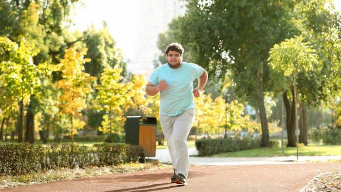Abnehmen mit Joggen - Laufender Mann