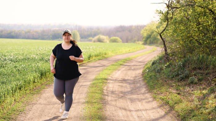 Abnehmen mit Sport hat Vorteile und Nachteile: Naturgenuss und Selbstbestimmung