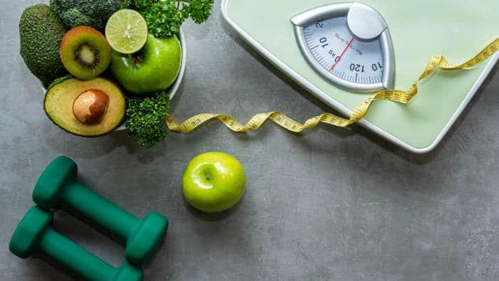 Abnehmen mit neuen Gewohnheiten - Sport und gesunde Ernährung
