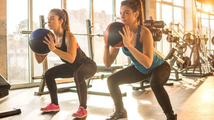 Bauch-Beine-Po Beliebte Kurse im Fitnessstudio
