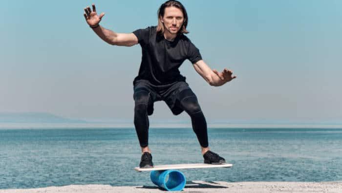 Bewegungskoordination - Gleichgewicht halten auf einem Rollbrett