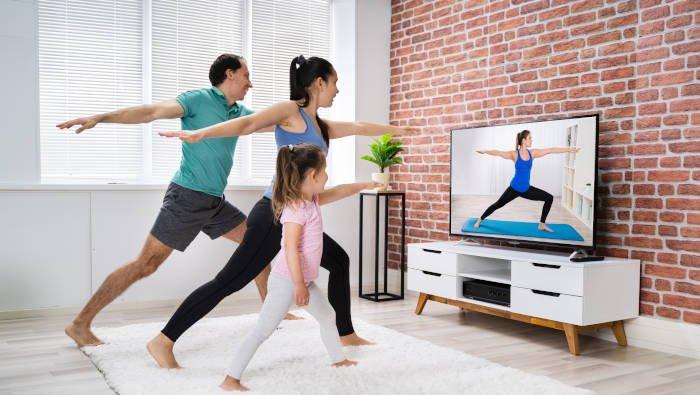 Fitnesstraining zuhause- die ganze Familie macht mit