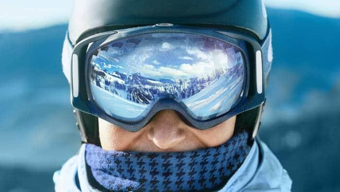 Eine Skibrille ist eine sehr spezielle Sportbrille, ein hightech-Gerät