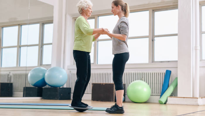 Bewegungskoordination kann man auch im Alter lernen und verbessern