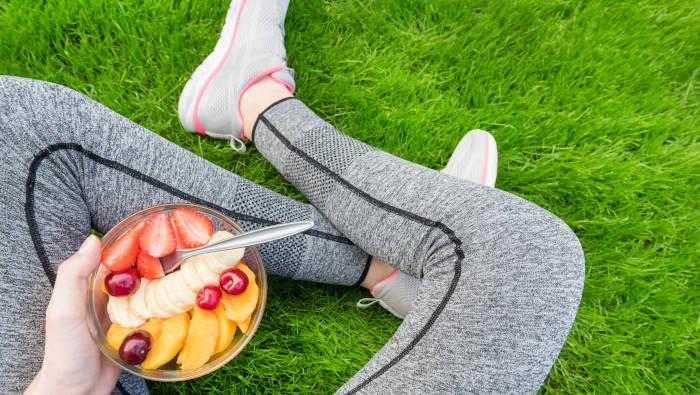 Sport erleichtert es, gesund zu essen - der Trainingsplan hilft dabei